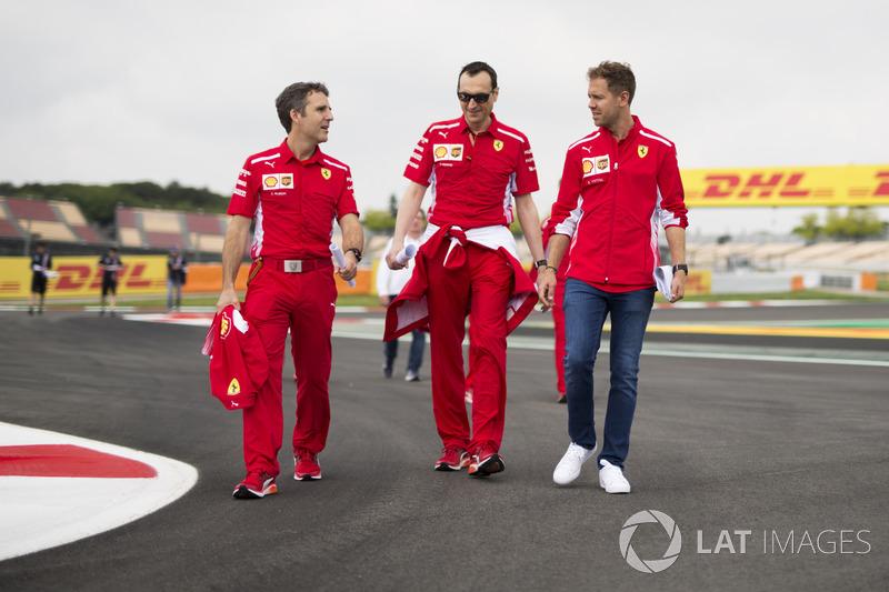 Sebastian Vettel, Ferrari. Riccardo Adami, Ferrari Race Engineer