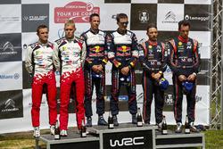 Sur le podium : Les vainqueurs Sébastien Ogier, Julien Ingrassia, M-Sport Ford WRT Ford Fiesta WRC, les deuxièmes, Ott Tänak, Martin Järveoja, Toyota Gazoo Racing WRT Toyota Yaris WRC et les troisièmes, Thierry Neuville, Nicolas Gilsoul, Hyundai Motorsport Hyundai i20 Coupe WRC