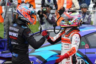 Race winner Jenson Button, Team Kunimitsu and Tomoki Nojiri, Autobacs Racing Team Aguri