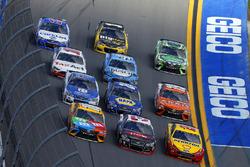 Austin Dillon, Richard Childress Racing Chevrolet, Joey Logano, Team Penske Ford, Kyle Busch, Joe Gibbs Racing Toyota