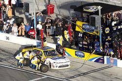 Pit stop, Kasey Kahne, Hendrick Motorsports Chevrolet
