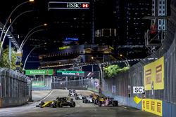 Nico Hulkenberg, Renault Sport F1 Team RS17, Sergio Perez, Sahara Force India F1 VJM10, Jolyon Palmer, Renault Sport F1 Team RS17, Lance Stroll, Williams FW40 en Stoffel Vandoorne, McLaren MCL32