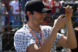 Ashton Kutcher, Attore