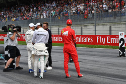 Davide Valsecchi, Sky Italia, le poleman Valtteri Bottas, Mercedes AMG F1, Sebastian Vettel, Ferrari, Lewis Hamilton, Mercedes AMG F1