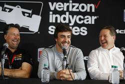 Владелец Andretti Autosport Майкл Андретти, Фернандо Алонсо и Зак Браун