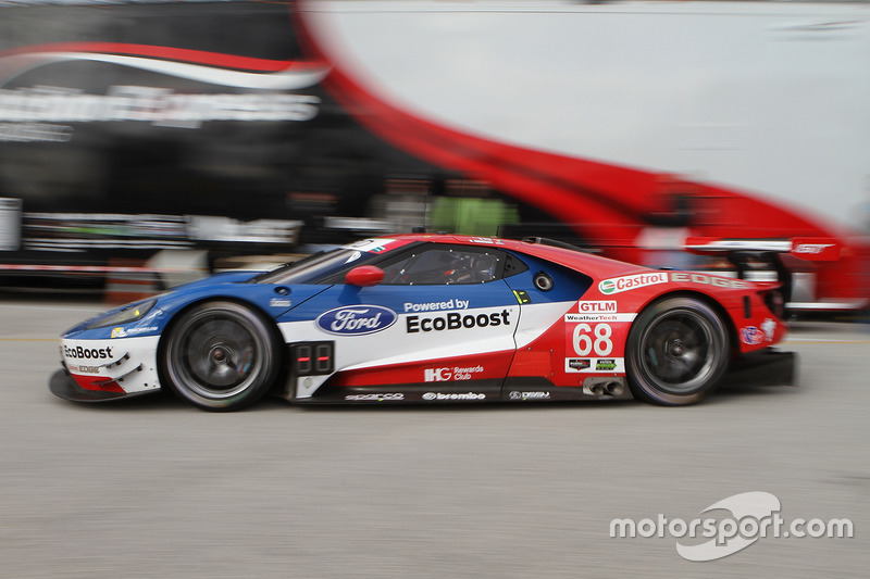 #68 Chip Ganassi Racing Ford GT: Billy Johnson, Stefan Mücke, Olivier Pla