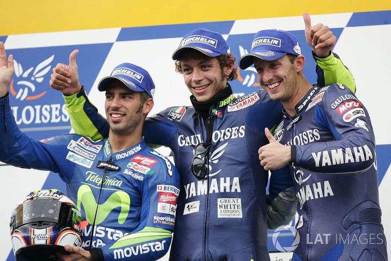 2005, Rossi gana por delante de Melandri y Edwards