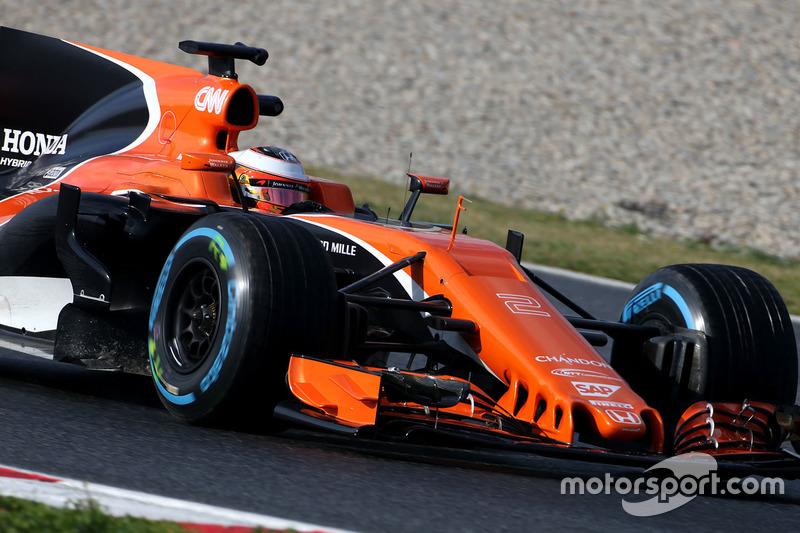 17º Stoffel Vandoorne, McLaren MCL32, 1:22.576, ultrablandos, (101 vueltas)