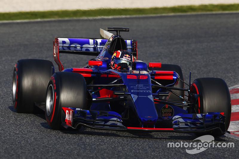 f1-barcelona-pre-season-testing-ii-2017-carlos-sainz-jr-scuderia-toro-rosso-str12
