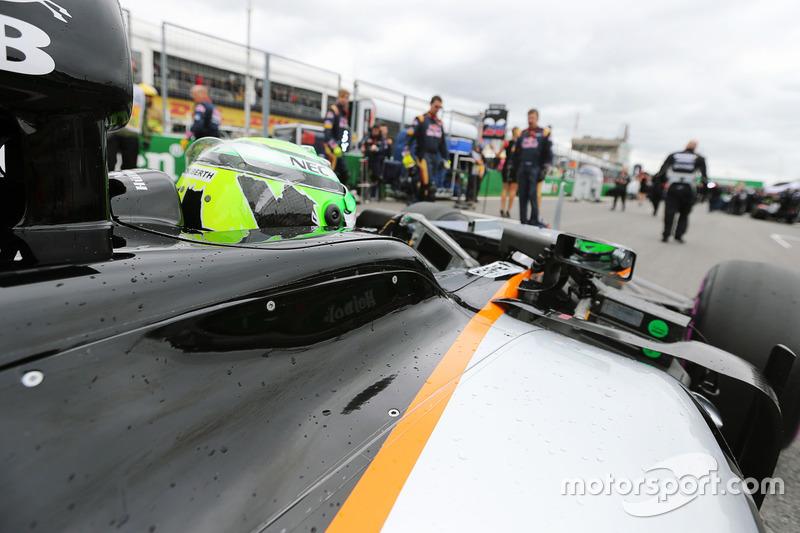 Nico Hulkenberg, Sahara Force India F1 VJM09 in griglia