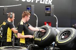 Техніки Pirelli