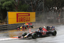 Данііл Квят, Scuderia Toro Rosso STR11 та Макс Ферстаппен, Red Bull Racing RB12