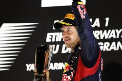 Podio: tercer lugar Sebastian Vettel, Red Bull Racing RB8