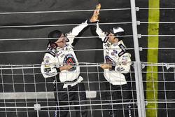 Kevin Harvick, Stewart-Haas Racing, Ford Fusion Jimmy John's celebra su victoria