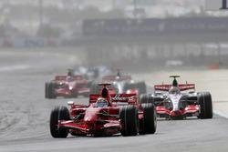 Felipe Massa, Ferrari F2007, Lewis Hamilton, McLaren MP4-22, Fernando Alonso, McLaren MP4-22