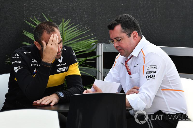Cyril Abiteboul, Renault Sport F1 Managing Director and Eric Boullier, McLaren Racing Director