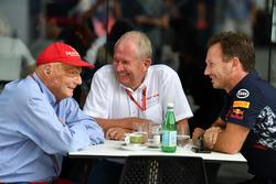 Niki Lauda, presidente no ejecutivo de Mercedes AMG F1, Dr Helmut Marko, consultor de Red Bull y Christian Horner, director de Red Bull Racing Team