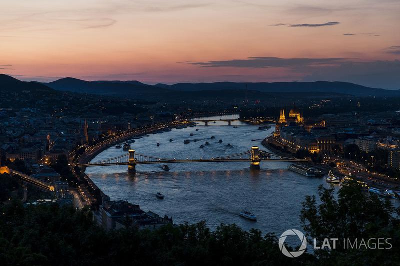 Gece Budapeşte görünüm