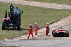 Kimi Raikkonen, Ferrari SF70H, contraint à l'abandon