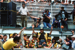 Podium: Reinhold Joest celebrates victory with John Winter,  Paolo Barilla and Klaus Ludwig, Joest Racing