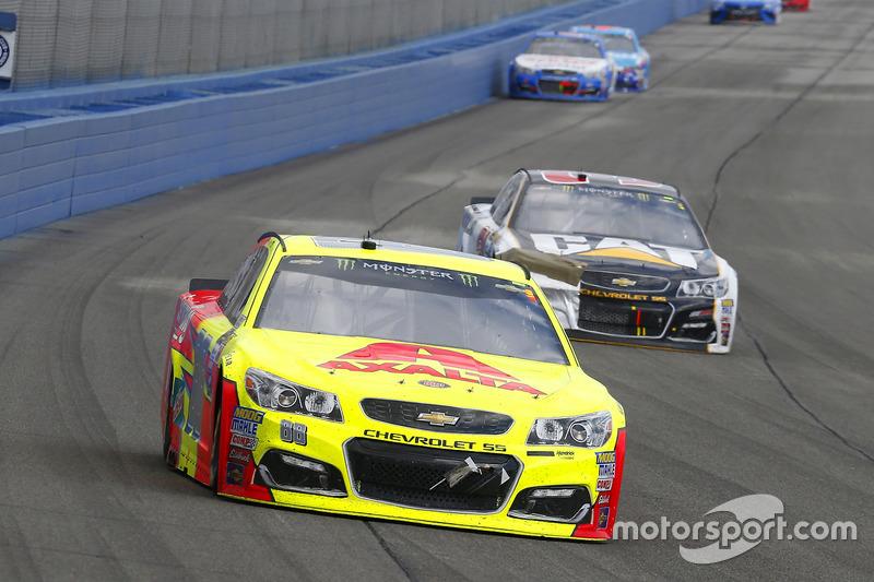 Dale Earnhardt Jr., Hendrick Motorsports, Chevrolet; Ryan Newman, Richard Childress Racing, Chevrolet