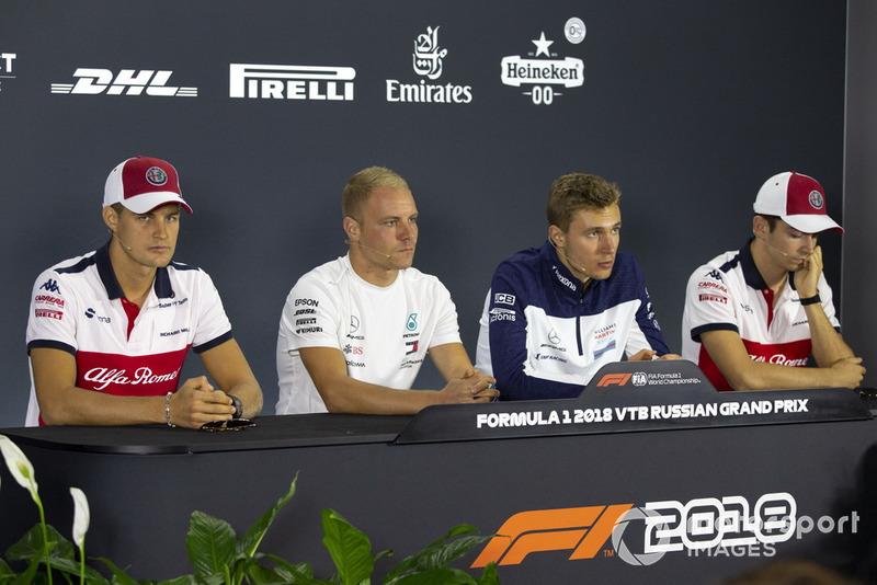 Marcus Ericsson, Sauber, Valtteri Bottas, Mercedes AMG F1, Sergey Sirotkin, Williams Racing et Charles Leclerc, Sauber en conférence de presse