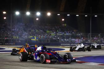 Brendon Hartley, Toro Rosso STR13, Stoffel Vandoorne, McLaren MCL33, Lance Stroll, Williams FW41
