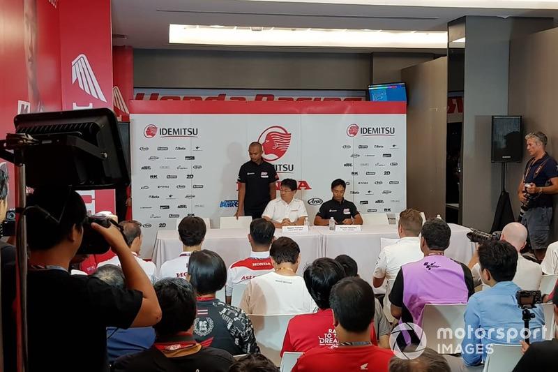 Dimas Ekky, Hiroshi Aoyama, Team Manager, Honda Team Asia