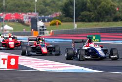 Pedro Piquet, Trident leads Callum Ilott, ART Grand Prix