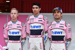 Nikita Mazepin, Sahara Force India F1, Esteban Ocon, Sahara Force India F1 y Sergio Pérez, Sahara Fo