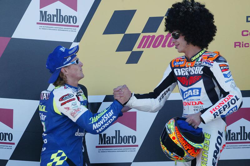 2003: 1. Valentino Rossi, 2. Sete Gibernau, 3. Loris Capirossi (nicht im Bild)
