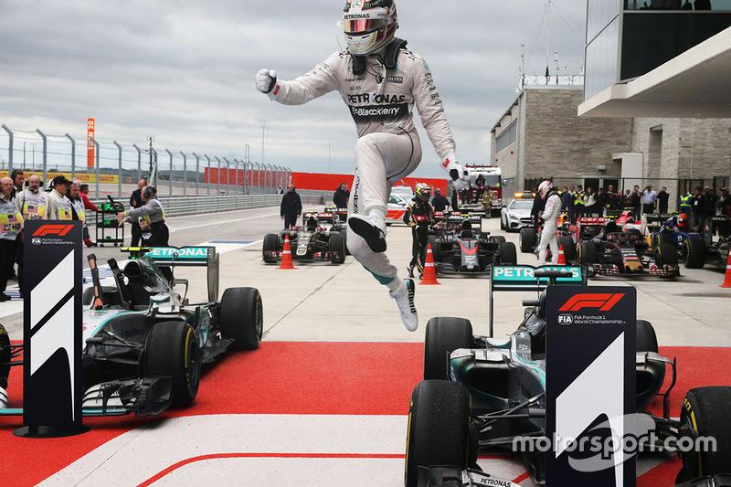 F1 logo denemeleri