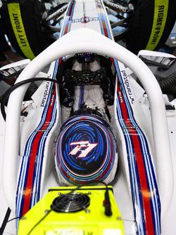 Valtteri Bottas, Williams FW38 Mercedes with halo