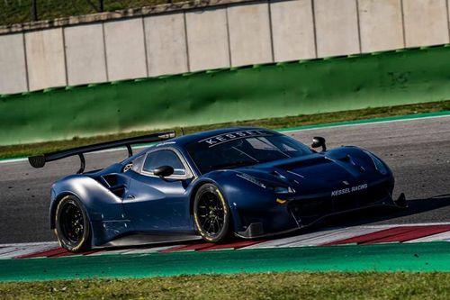 Valentino Rossi testet GT3
