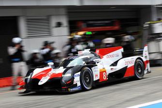 #8 Toyota Gazoo Racing Toyota TS050: Sebastien Buemi, Kazuki Nakajima, Fernando Alonso, in the pitlane