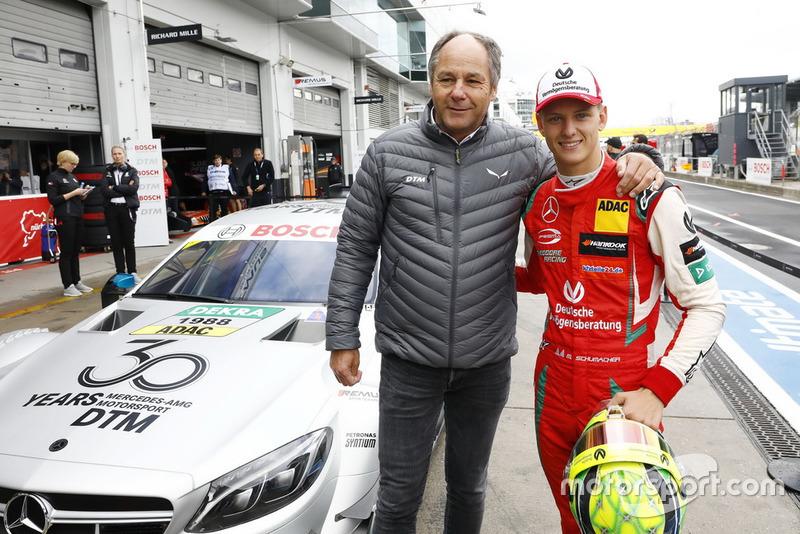 Мік Шумахер Mercedes-AMG C63 DTM та Герхард Бергер