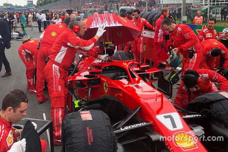 Ferrari SF71H di grid GP Italia