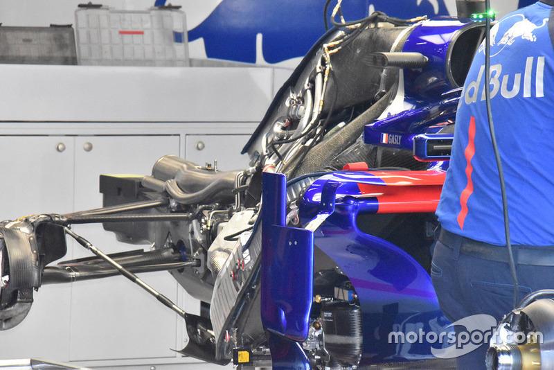 Scuderia Toro Rosso STR13 rear detail