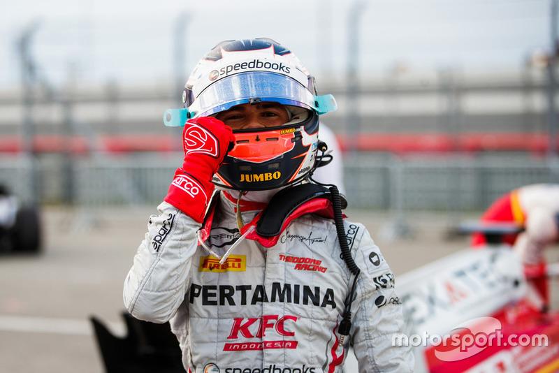 Nyck de Vries a signé la pole position devant les candidats au titre