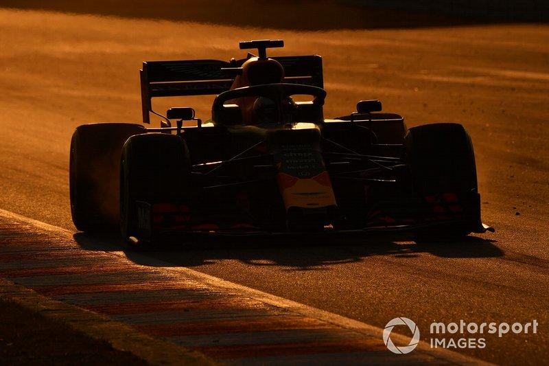 16. Max Verstappen: 1:18.787