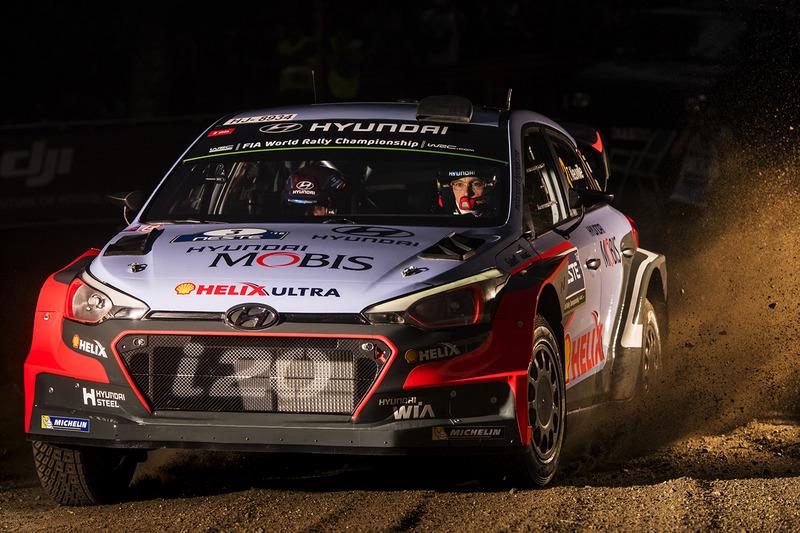 #6: Thierry Neuville, Nicolas Gilsoul, Hyundai i20 WRC