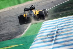 Джолион Палмер, Renault Sport F1 Team RS16 выехал за пределы трассы
