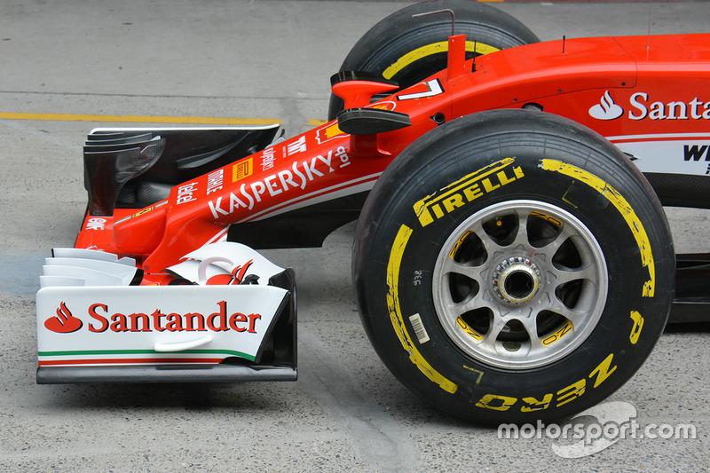 Ferrari nose detail