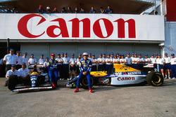 Williams team photoshoot, Damon Hill, Alain Prost, Williams FW15C