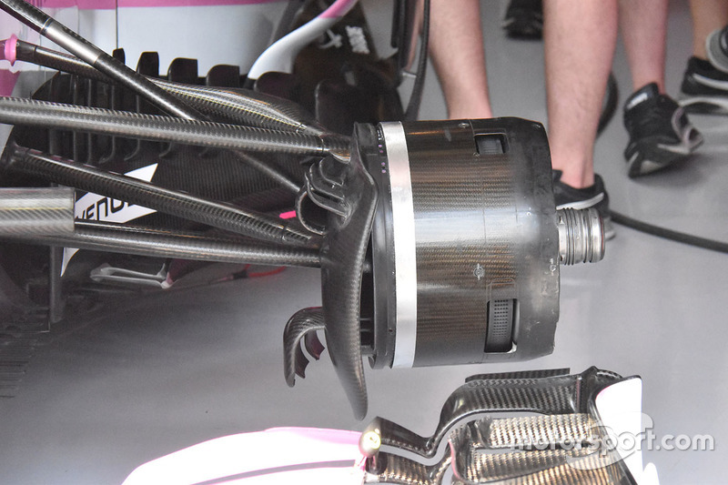 Detalle del freno del Force India VJM11