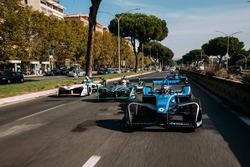 Sébastien Buemi, Renault e.Dams leadsNelson Piquet Jr., Jaguar Racing leads Lucas di Grassi, Audi Sport ABT Schaeffler leads Luca Filippi, NIO Formula E Team