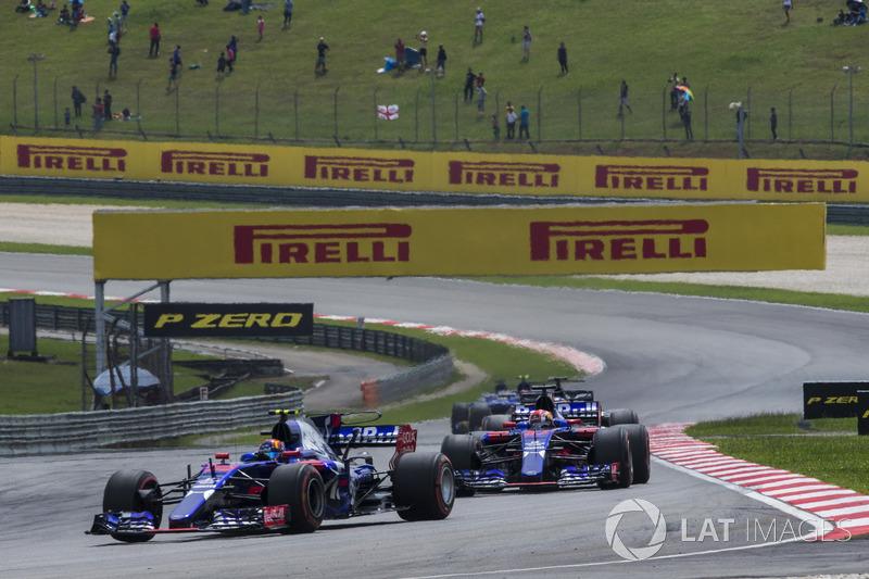 Карлос Сайнс-мол., П'єр Гаслі, Scuderia Toro Rosso STR12