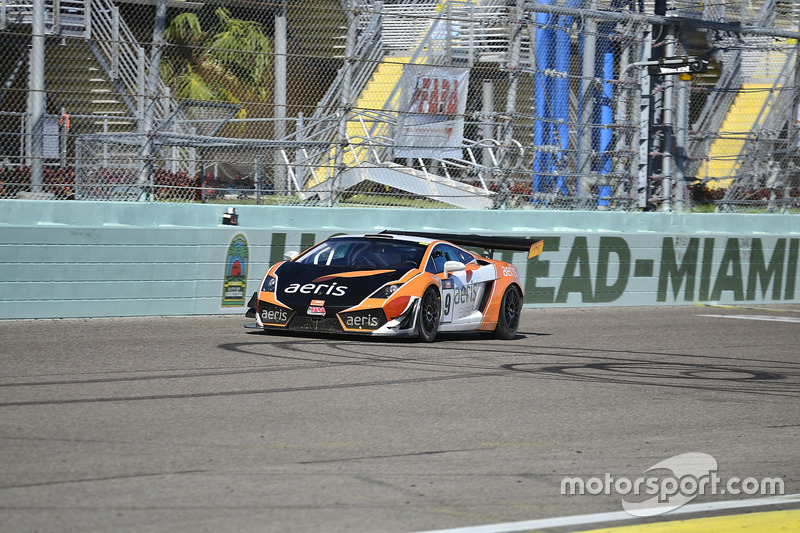 #9 MP1A Lamborghini Gallardo GT3 driven by Xandy Negrao & Xandinitto Negrao of BRT