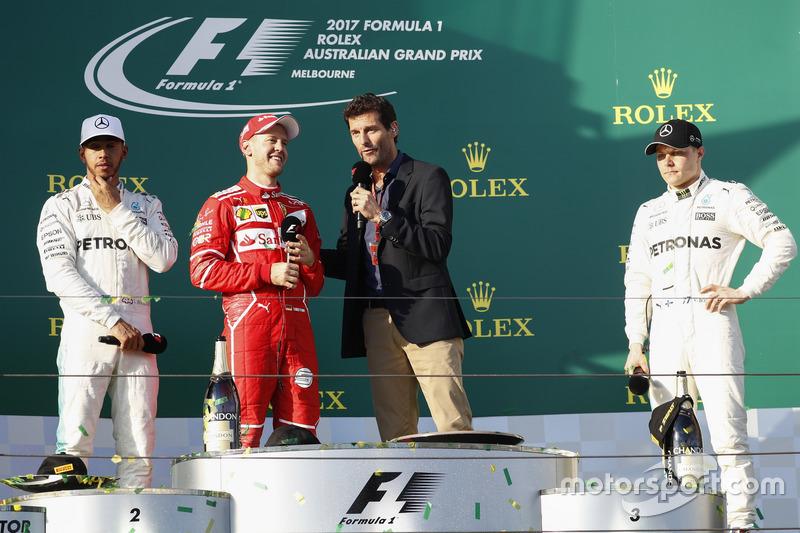 1. Sebastian Vettel, Ferrari, mit Mark Webber