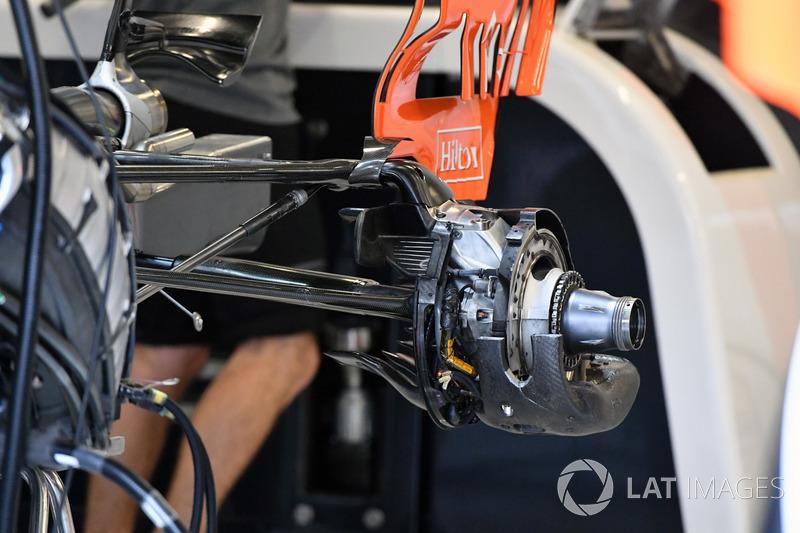 Moyeu arrière de la McLaren MCL32